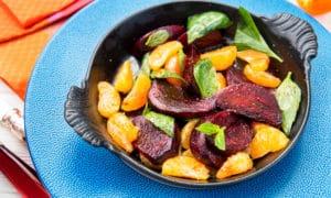 Салат со свеклой и мандаринами