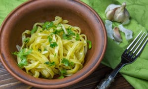 Альо ольо: простой рецепт спагетти с чесноком и маслом