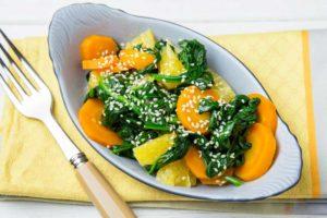 Салат со шпинатом и апельсином