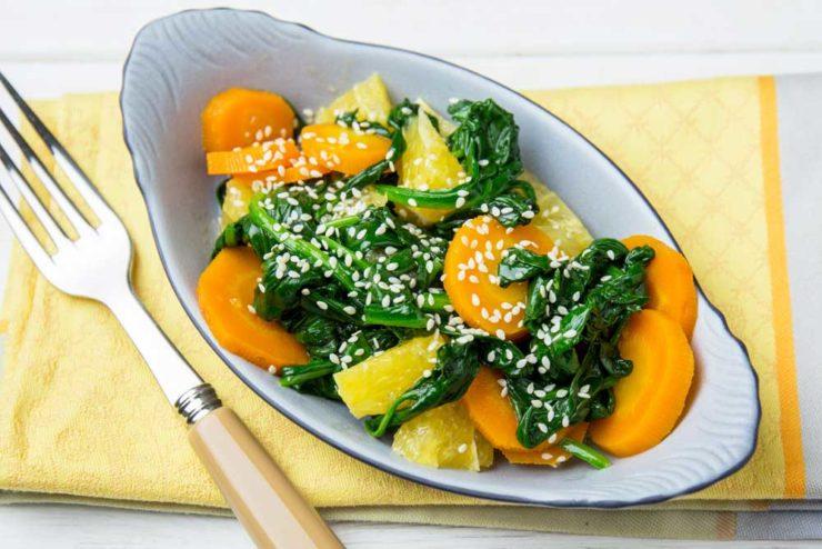 Салат зі шпинатом і апельсином