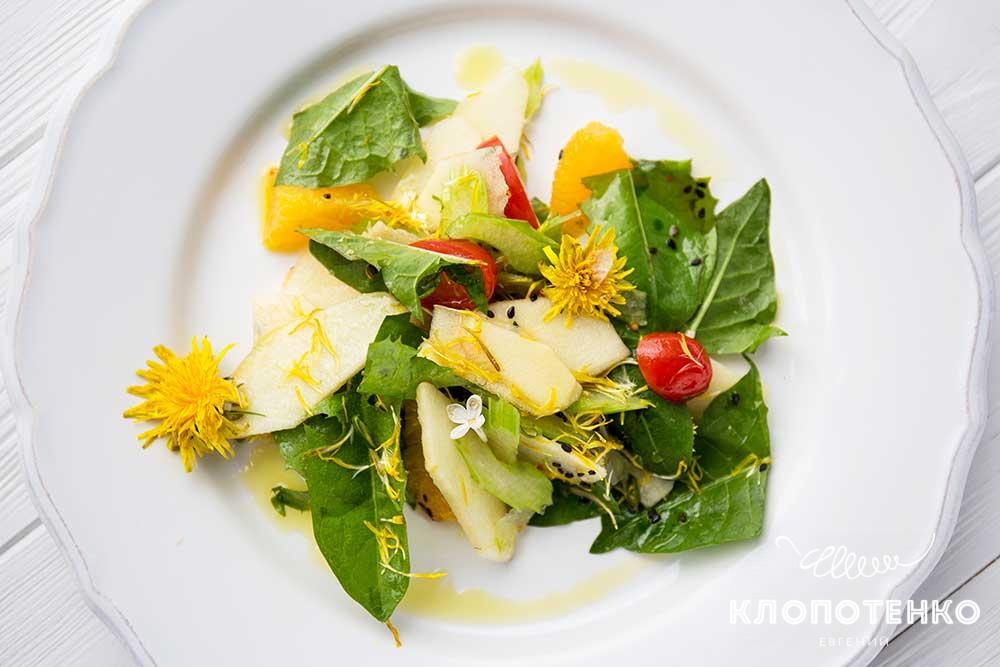 Салат із кульбаб