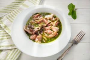 Салат с кальмарами и осьминогами по-сицилийски