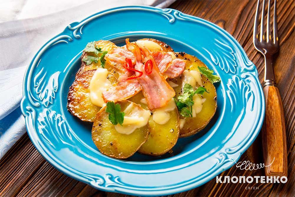 Простой картофель с беконом