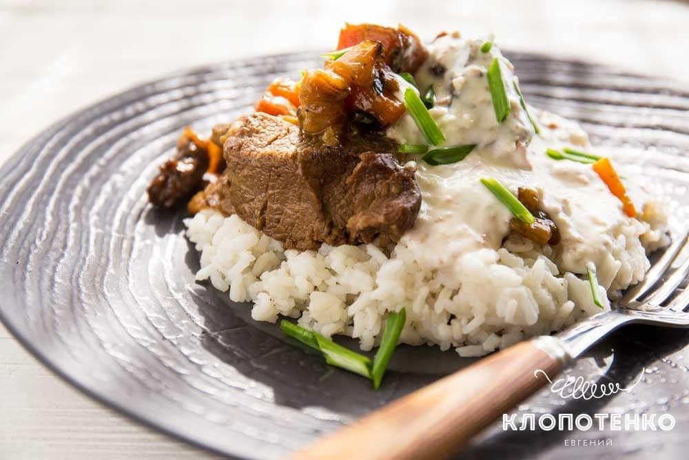 Мансаф: арабское жаркое из баранины с рисом