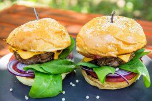 Бургер с телятиной: готовим дома
