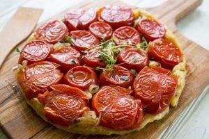 Томатный прованский пирог