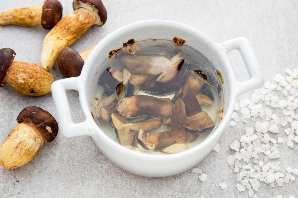 Олія з грибами: готуйте як шеф