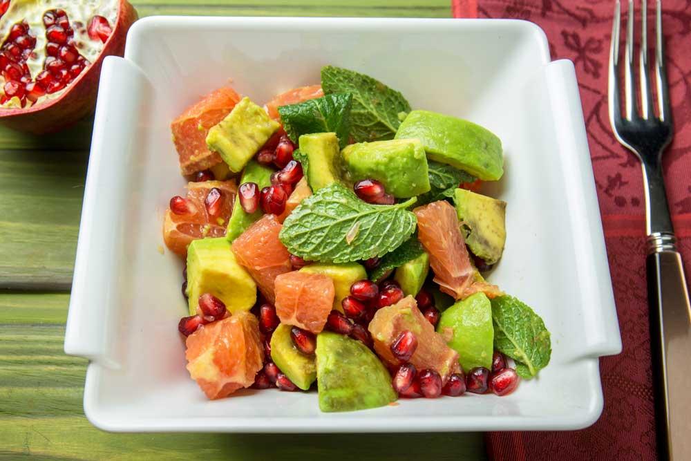 Салат з авокадо і грейпфрутом