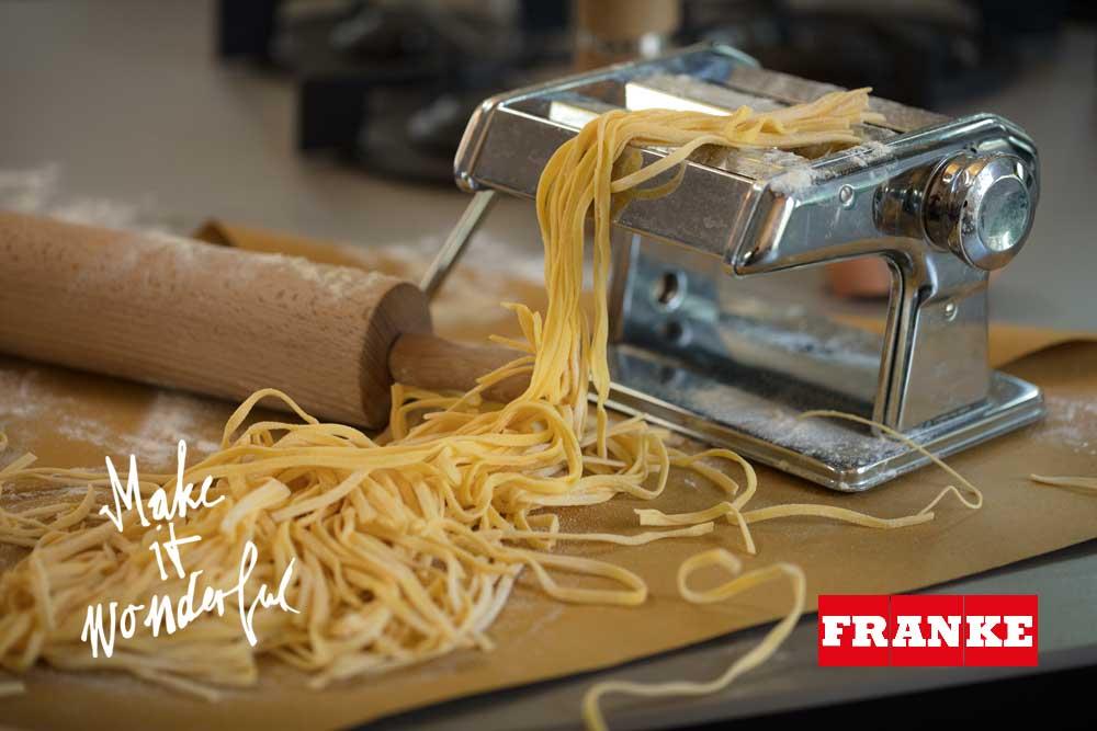 Як приготувати тісто для макаронів