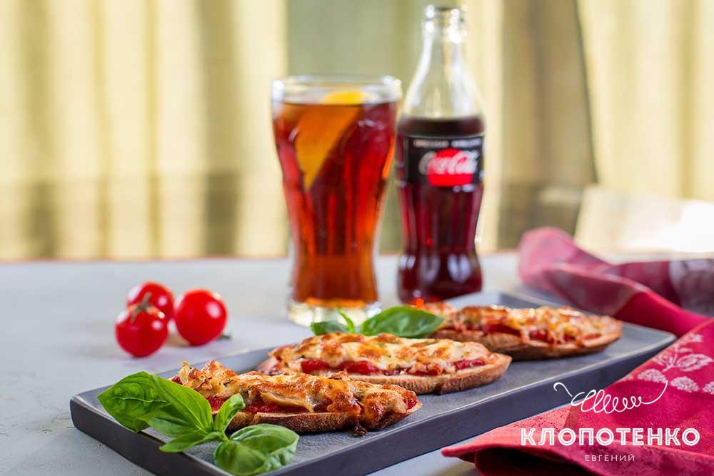 Мини-пиццы из багета