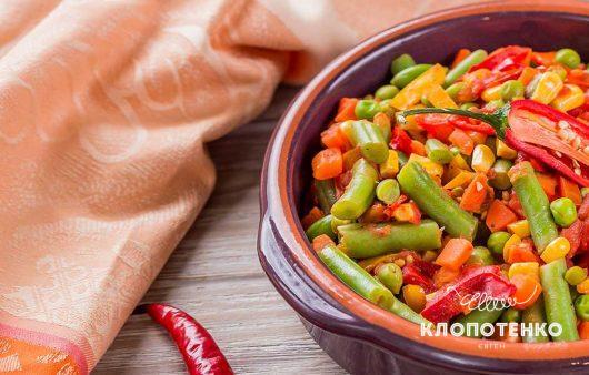 Овощное соте с мексиканской смесью и томатами