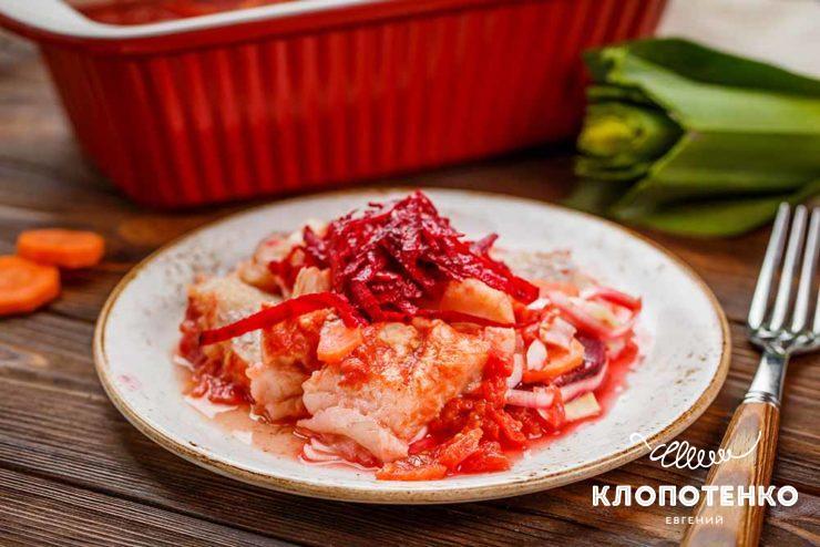 минтай в томатному соусі