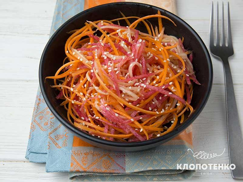 Китайский салат с редькой и морковью