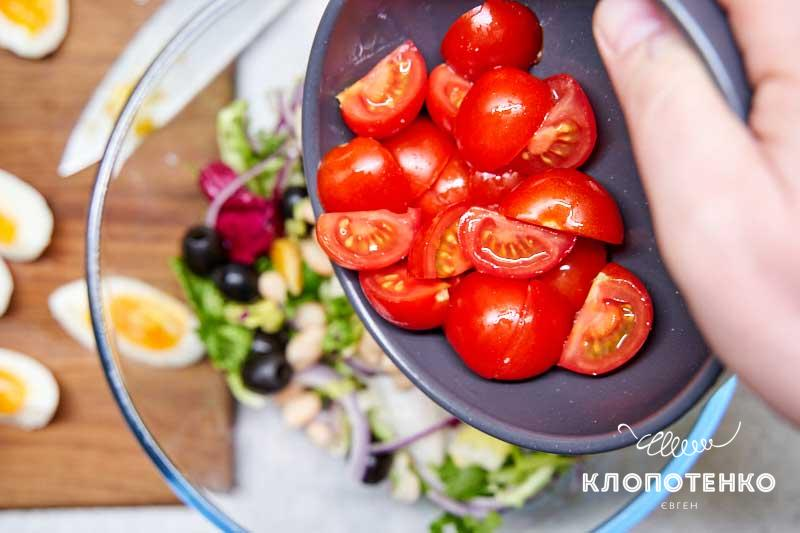 Добавьте томаты