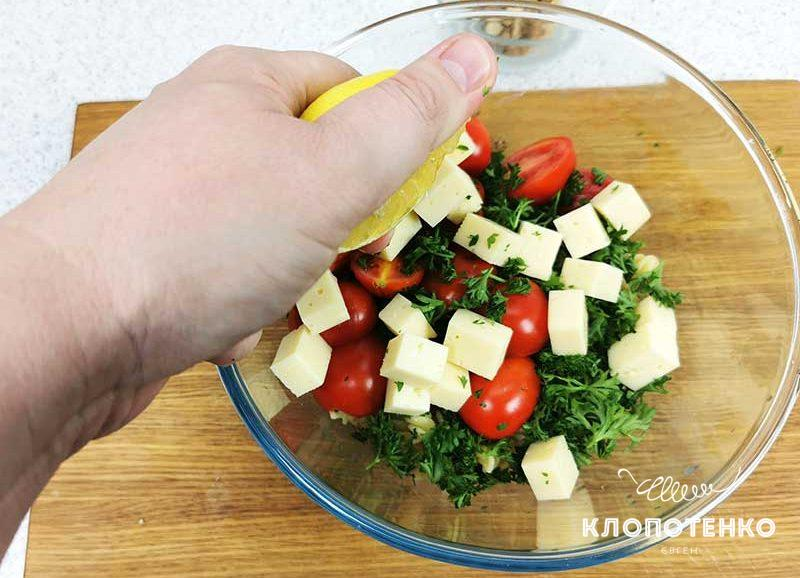 салат с пастой фузилли