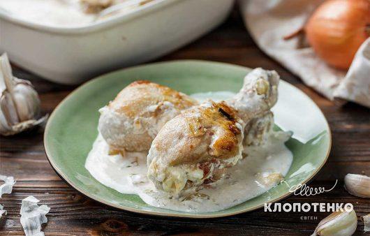 Минимум ингредиентов – максимум вкуса: как вкусно запечь куриные голени