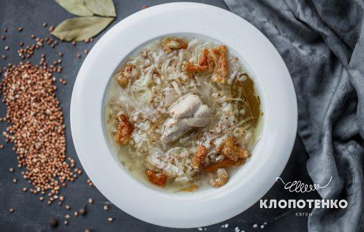 С гречкой и шкварками: как приготовить самый вкусный капустняк