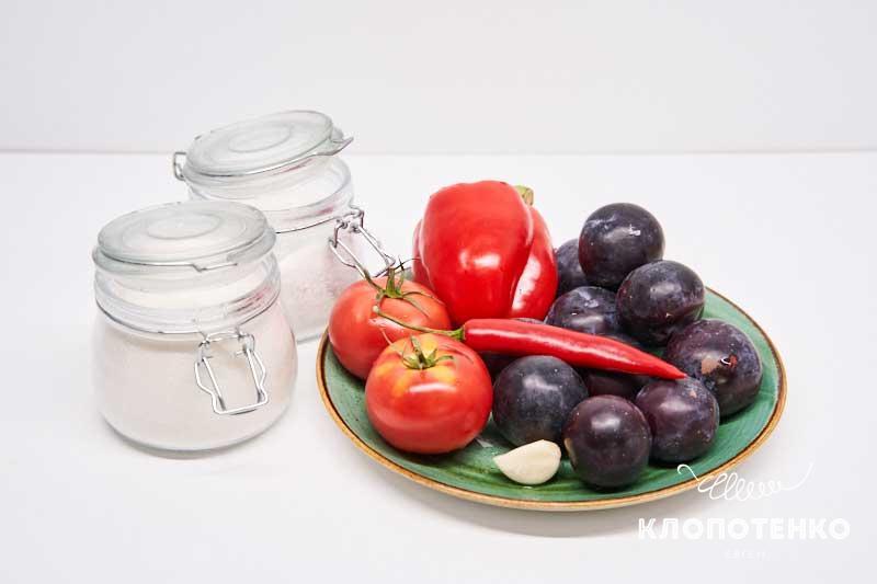 Подготовьте все ингредиенты для приготовления кетчупа
