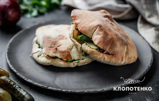 Арабська піта з куркою вдома: смачно та просто