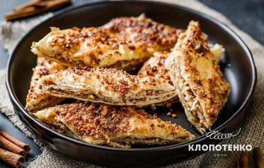Тесто фило и грецкие орехи: простой рецепт домашней медовой пахлавы