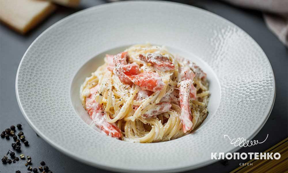 Спагеті з лососем