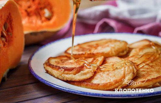Оладьи на молоке с тыквой: простой рецепт замечательного завтрака